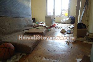 Почистване на дома от стари мебели-нужна ли ви е професионална помощ