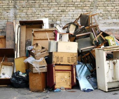 Изхвърляне на стари мебели в София - къде и как