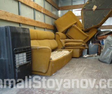 Освобождаване на жилище в София след продажба – почистване до голо Извозване на старите мебели до сметище или на склад?
