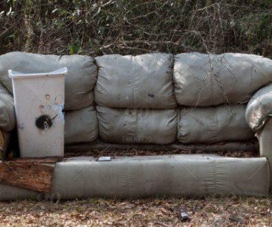 Защо да не изхвърляме старите мебели до кофите пред блока