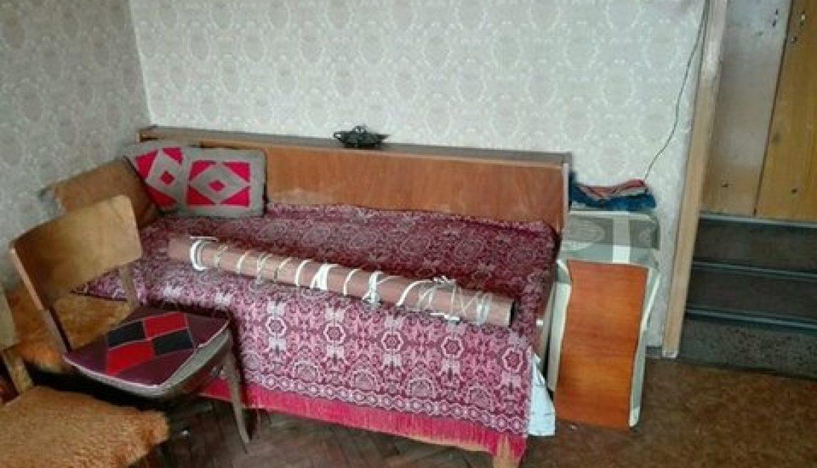 Какво да правим със старите мебели – защо не е добре да се изхвърлят до кофите?