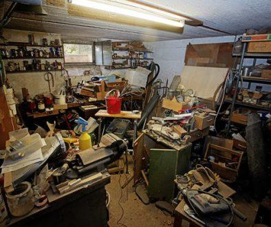 Почистване на мазе или таван в София – как да стане най-лесно?